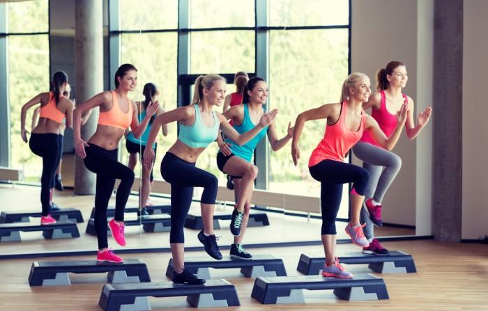 Ce beneficii aduc exercitiile fizice regulate?