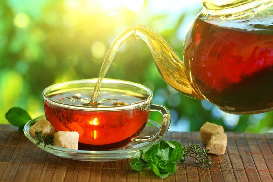 Sunt eficiente ceaiurile pentru slabit?